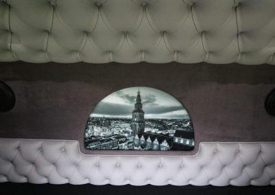 Foto op achterwand van vrachtwagen cabine