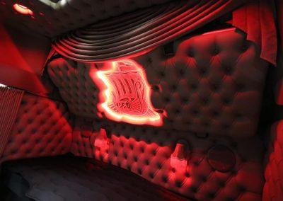 Rood verlicht cabine volvo