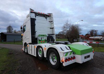 Volvo wit groen vrachtwagen